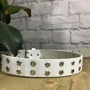 🎈SALE! 3/$15 White leather silver star belt 🍃